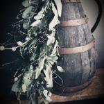 Afbeelding van een door Antérieur Authentique gemaakte Voorjaarstoef op een oude ciderkruik