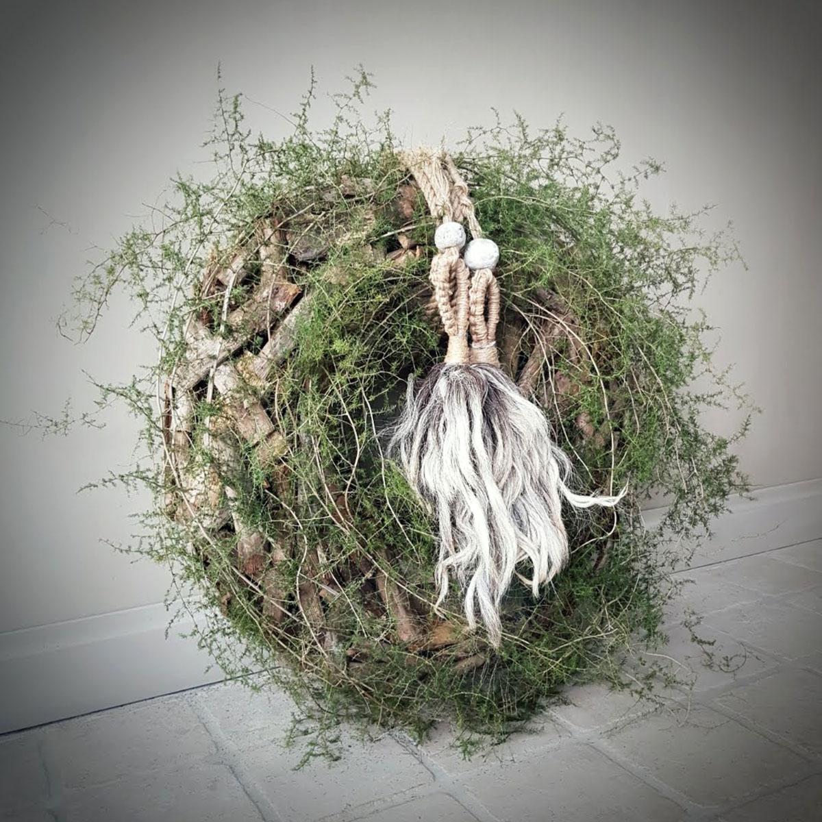 Afbeelding van krans drijfhout wilde asparagus voor gebruik in webshop van Antérieur Authentique
