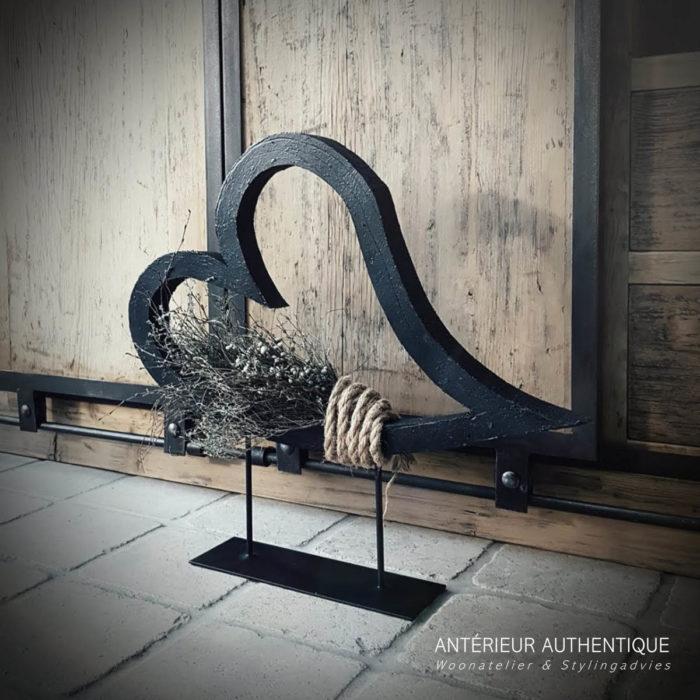 Afbeelding van Valentijnshart op statief als indexfoto voor webshop Antérieur Authentique